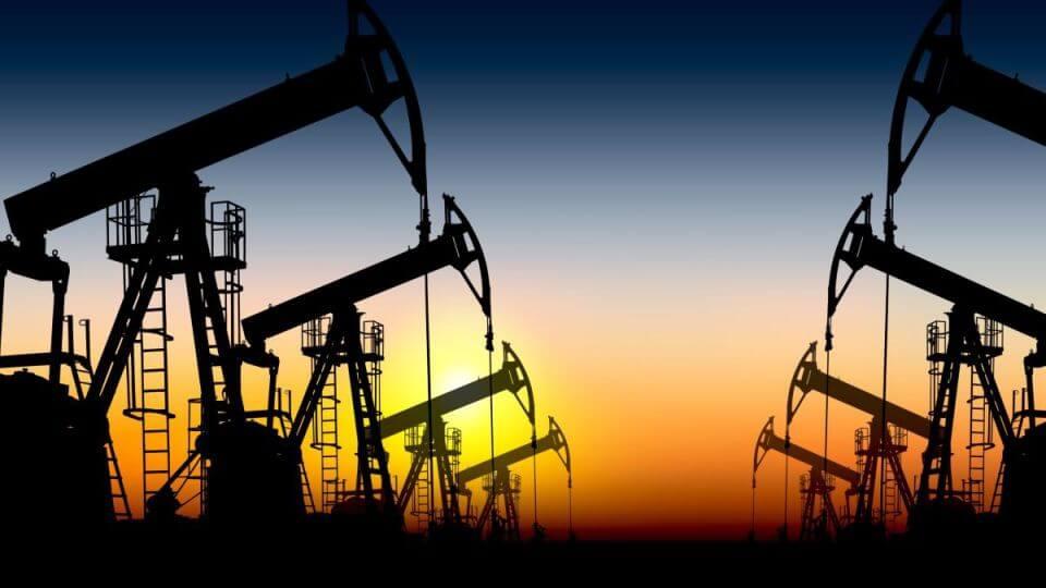 21.04.20 Cena ropy skolabovala. Májové kontrakty na WTI padli až na mínus 37 dolárov.